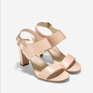 🔥Cole Haan stunning leather sandals🔥